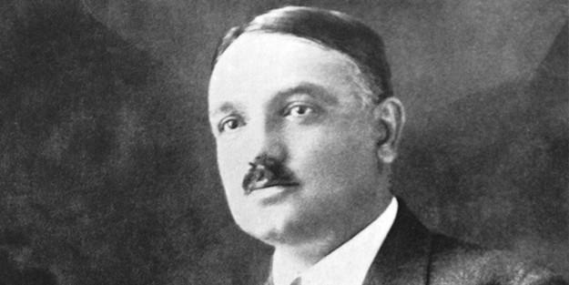 Yahya Kemal Beyatlı – İstanbul'un Fethini Gören Üsküdar